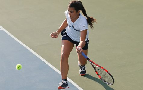 Rios clinches win for tennis over Emerson, 5-4