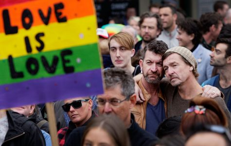 Australians vote in non-binding poll to pass gay marriage