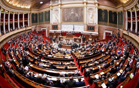 "Female assistants verbally ""blacklist"" French politicians"