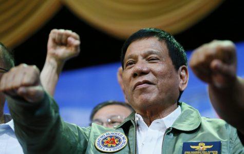 Duterte wavers on severance with U.S.