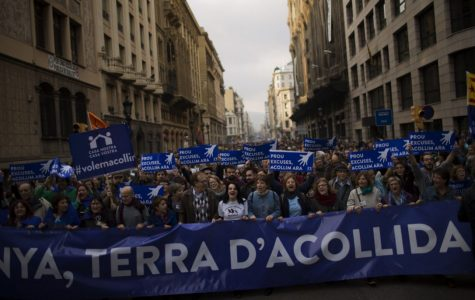 In Barcelona, protesters demand acceptance of refugees