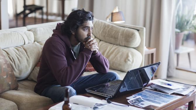 'Lion' movie roars into theaters: a review