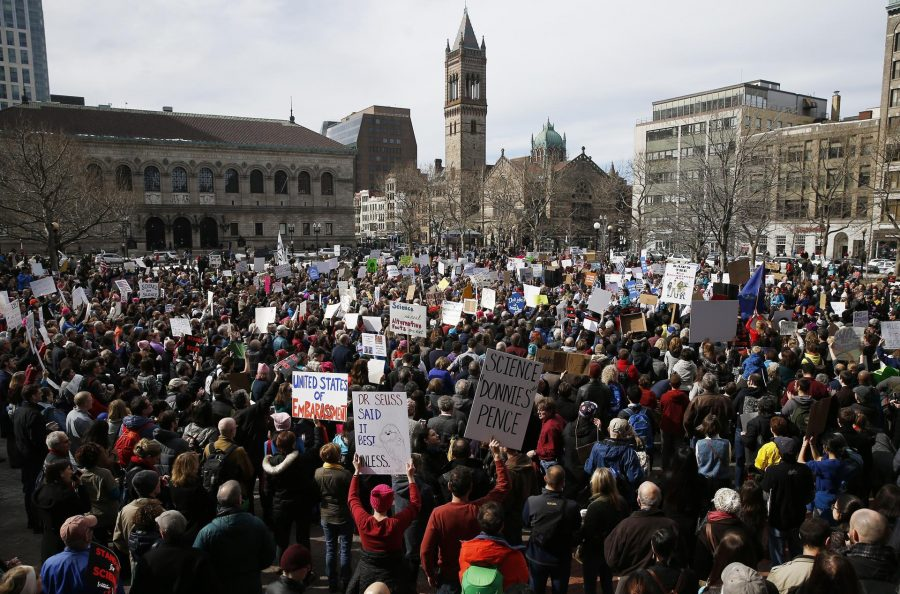 Stand Up for Science Rally attracts hundreds in Copley