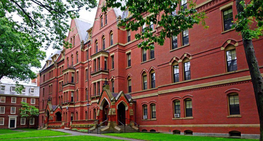Harvard rescinds fellowship offer to Chelsea Manning