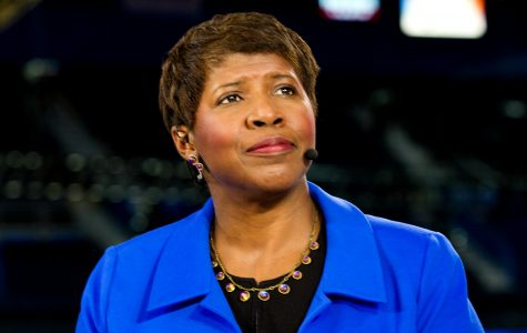 Simmons commemorates journalist Gwen Ifill '77