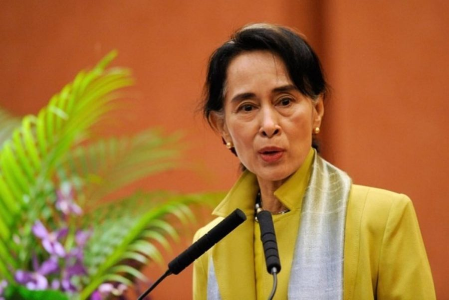 De-facto leader Suu Kyi's silence is criticized
