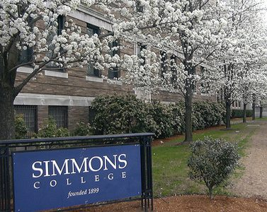 Simmons College recieves letter from the Department of Education
