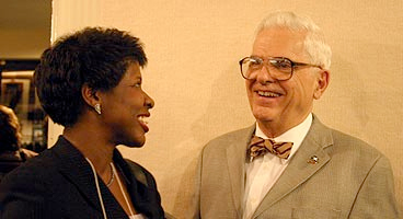 Gwen Ifill and Alden Poole. Source: Bob White