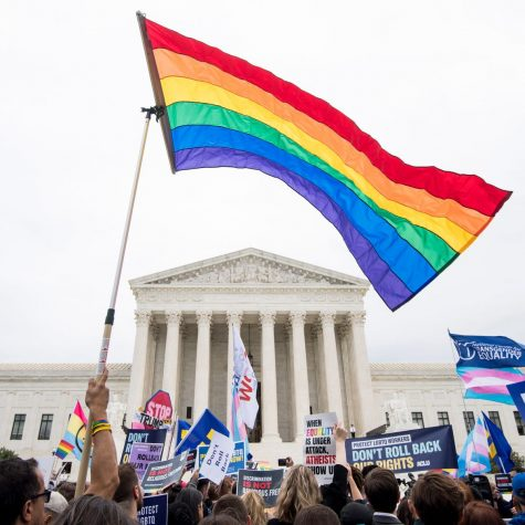 Supreme Court extends federal anti-discrimination rights to LGBTQ workers